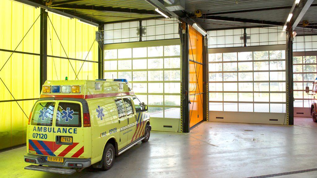 Compact Tore mit Luftgittern für den Rettungsdienst