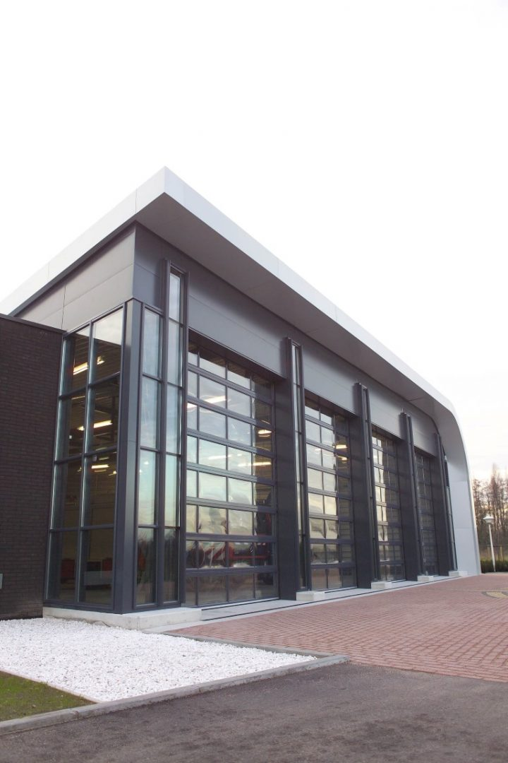 Full glass doors at firestation Hoevelaken