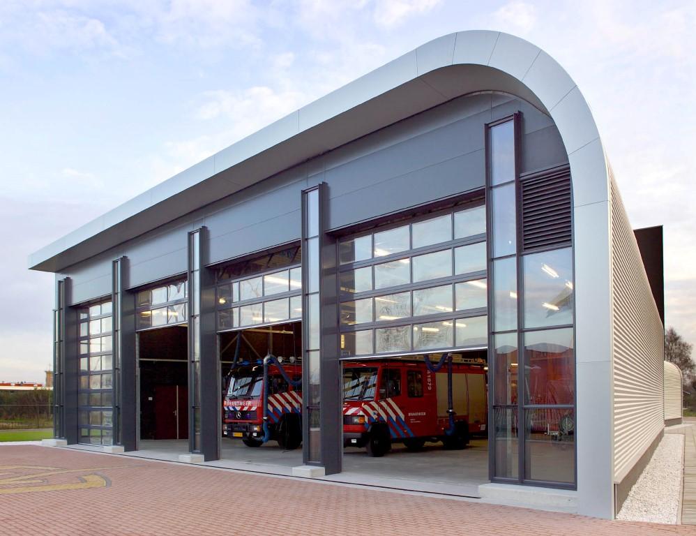 Firestation HOevelaken with Compact doors