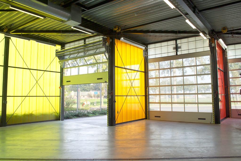 Compact folding doors in Barneveld firestation