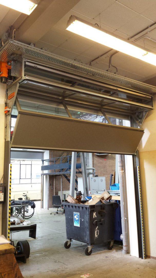 Ruimte voor de verlichting van de Dreamhall van de TU Delft dankzij de Compact deur