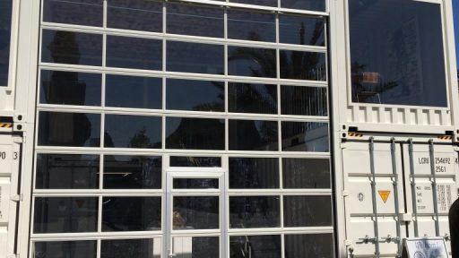 Tijdelijk gebouw met Compact vouwdeur