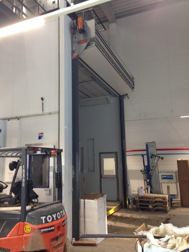 Ligne de peinture à la MIVB avec portes Compact