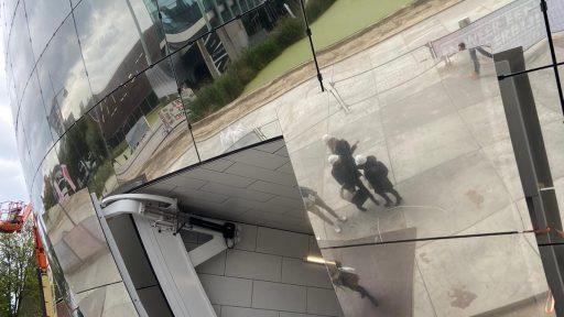 Dépôt Boijmans van Beuningen à Rotterdam avec portes sectionnelles Compact