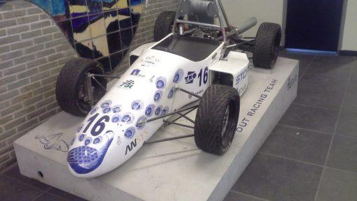 TU Delft racing teams werken met Compact vouwdeuren